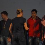 hoši přebírají zlaté medaile od Barbory Špotákové