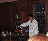 cesta-do-hlubin-studia-chemie-07_denik-180