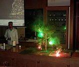cesta-do-hlubin-studia-chemie-08_denik-180